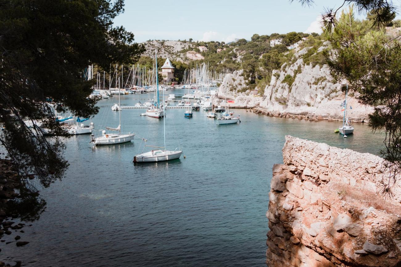 La calanque de Port-Miou, l'une des plus accessibles des calanques de Cassis