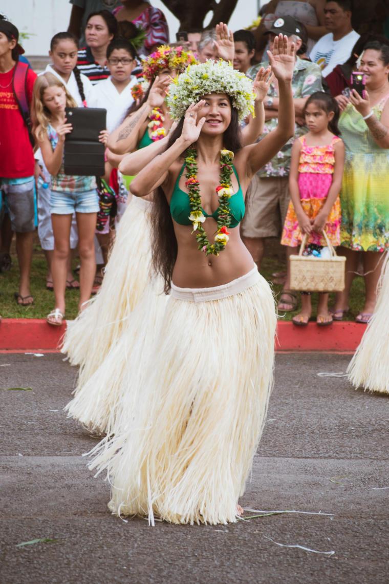 Spectacle de danse tahitienne à la Fête de l'orange à Punaauia, Tahiti