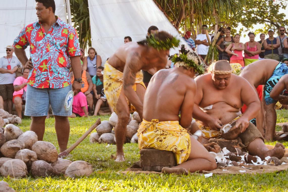 Le coprah, un sport traditionnel polynésien