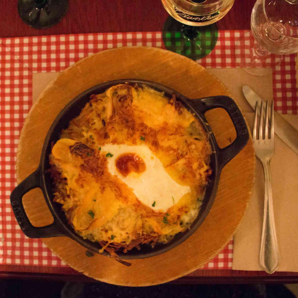 Roesti de reblochon dans un winstub (restaurant typique alsacien) de Strasbourg