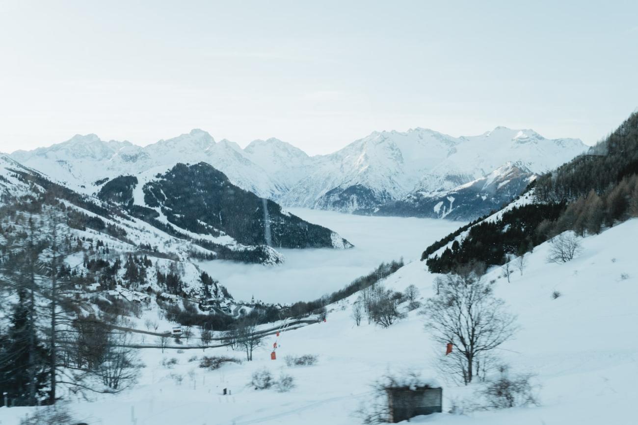 Faire une balade en chiens de traineau, c'est un rêve parfaitement réalisable en France, dans les Alpes ou ailleurs ! Je vous montre ?