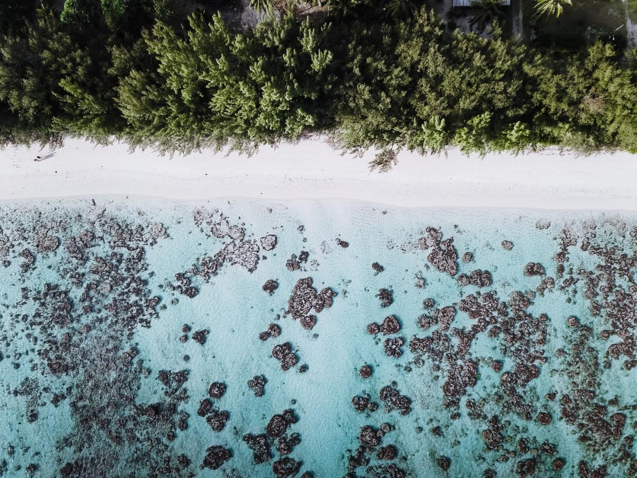 Vue aérienne prise au drone à Rurutu, archipel des Australes, Polynésie française