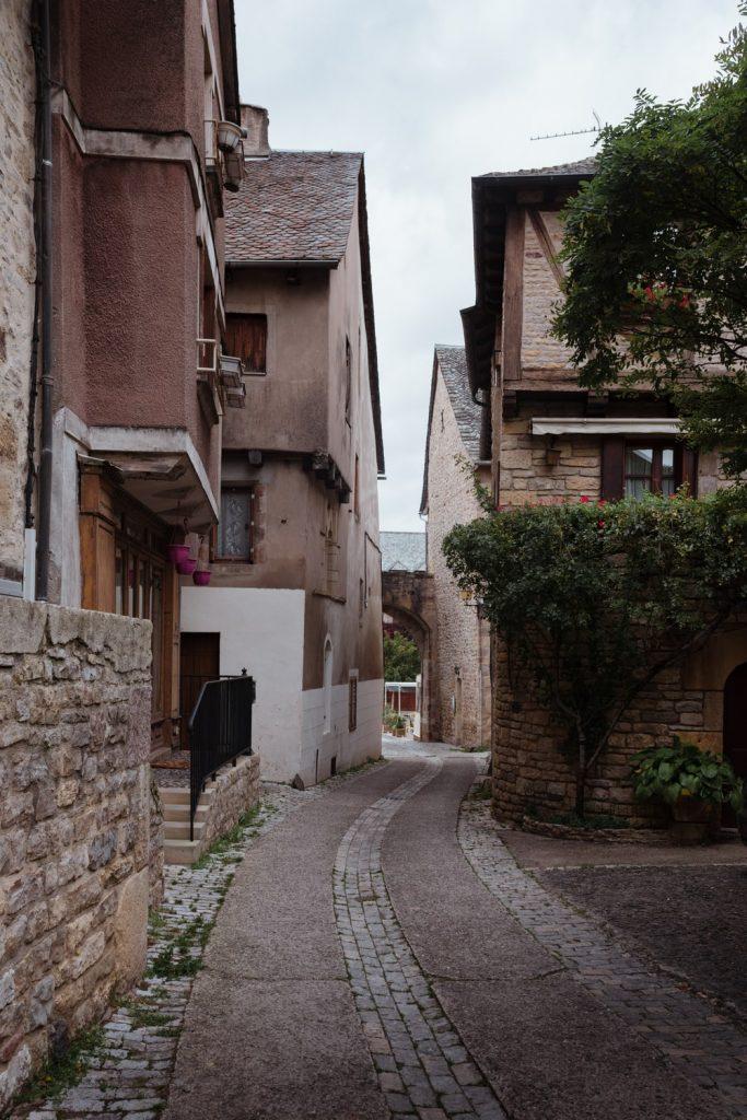 Saint-Côme-d'Olt, village de la vallée du Lot en Aveyron